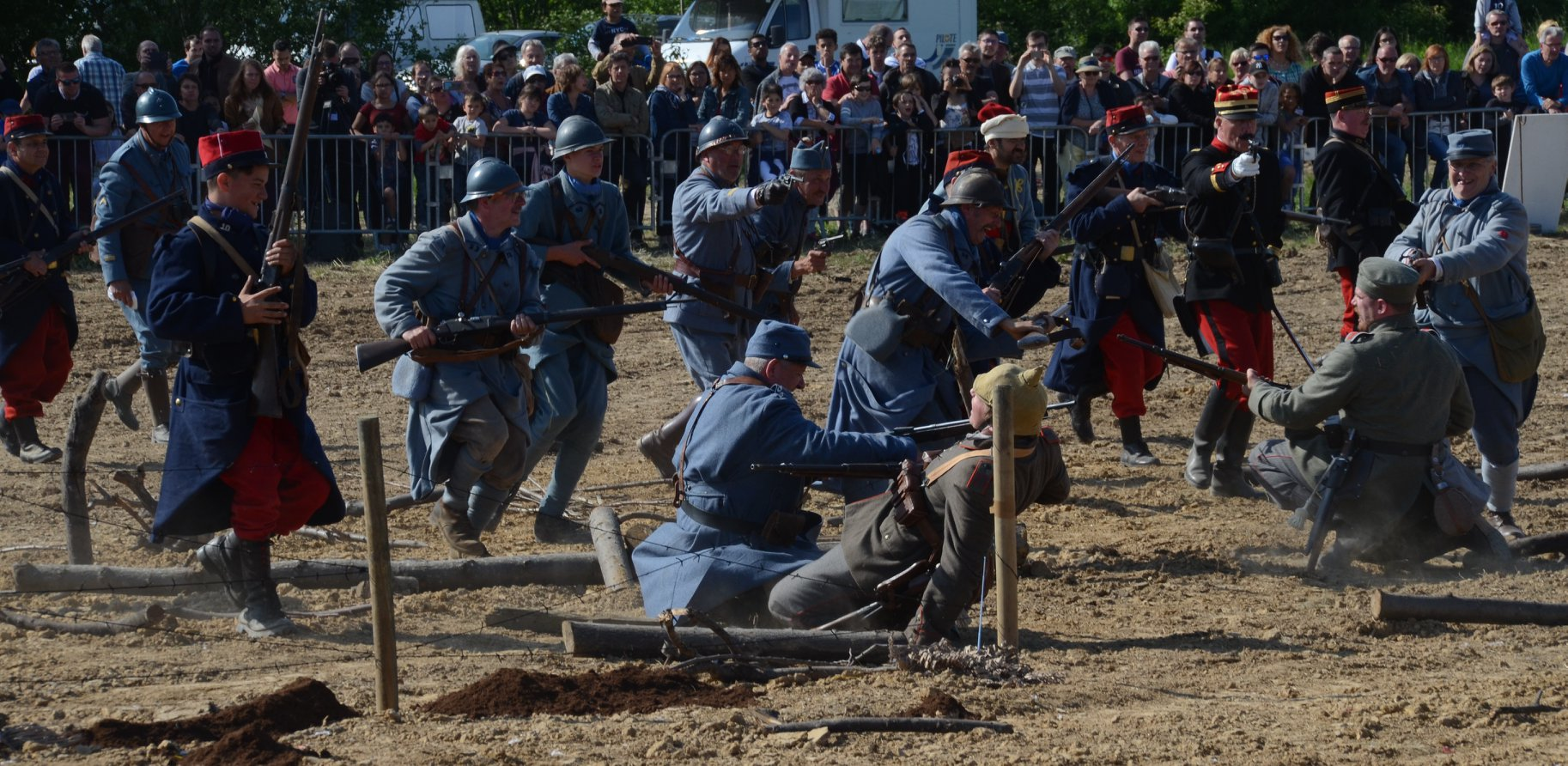 40Nos fiers Fantassins sous le commandement du Cmd Laurent