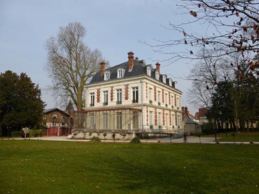 Chateau de soubiran dammarie les lys 1